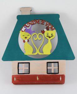 Ahşap Boyama Kedili Anahtarlık (Yeşil/Krem)
