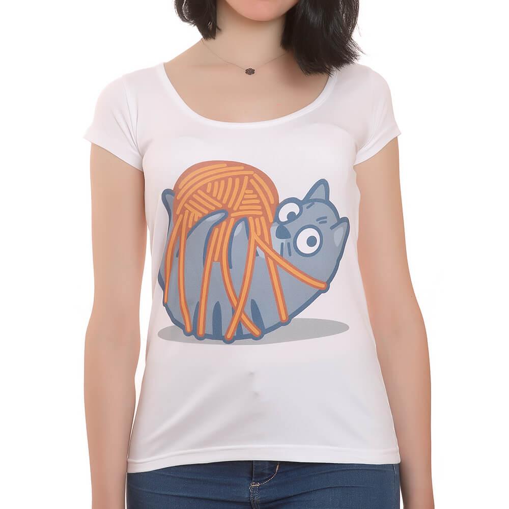 Yumaklı Kedili T-Shirt