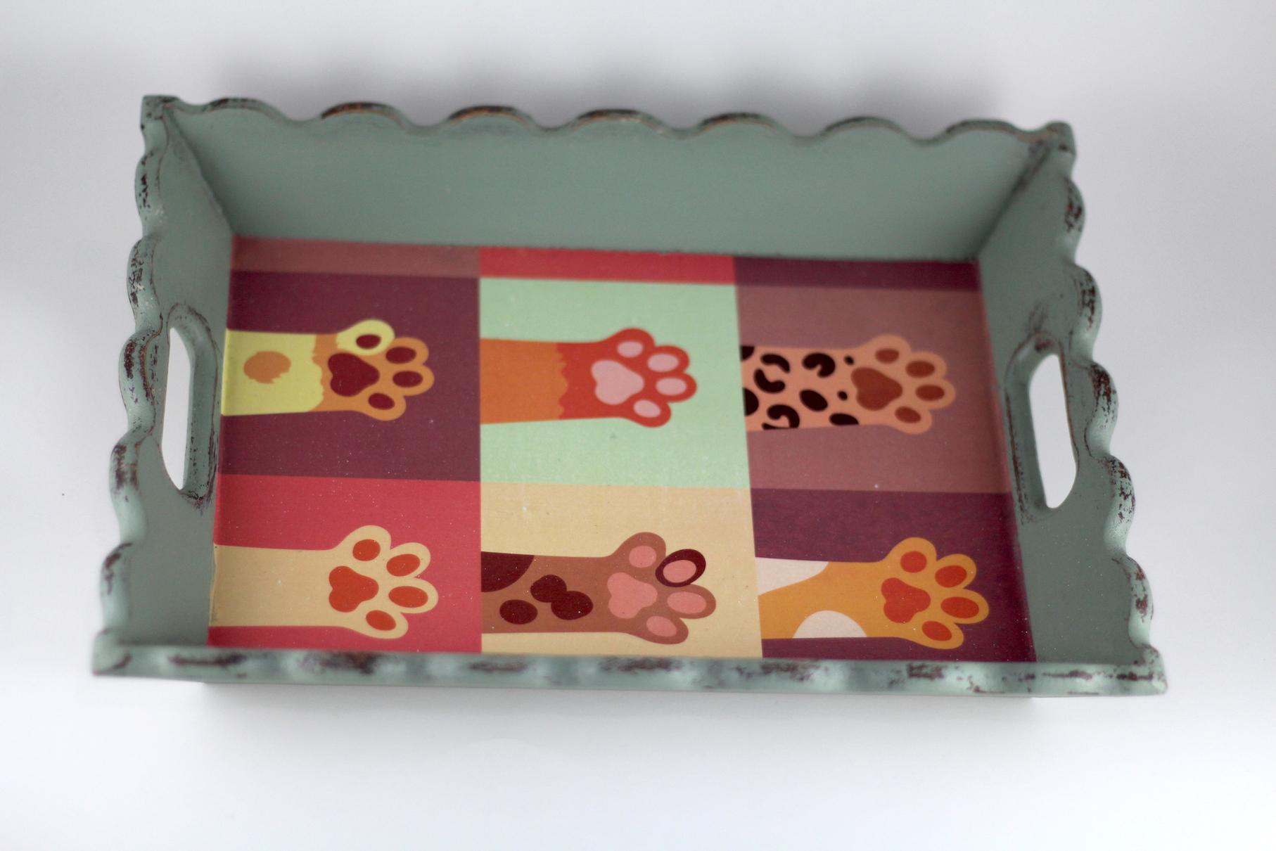 El Boyaması Kedili Tepsi