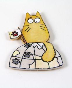 Dünyayı Ele Geçiren Kedili El Boyaması Ahşap Magnet