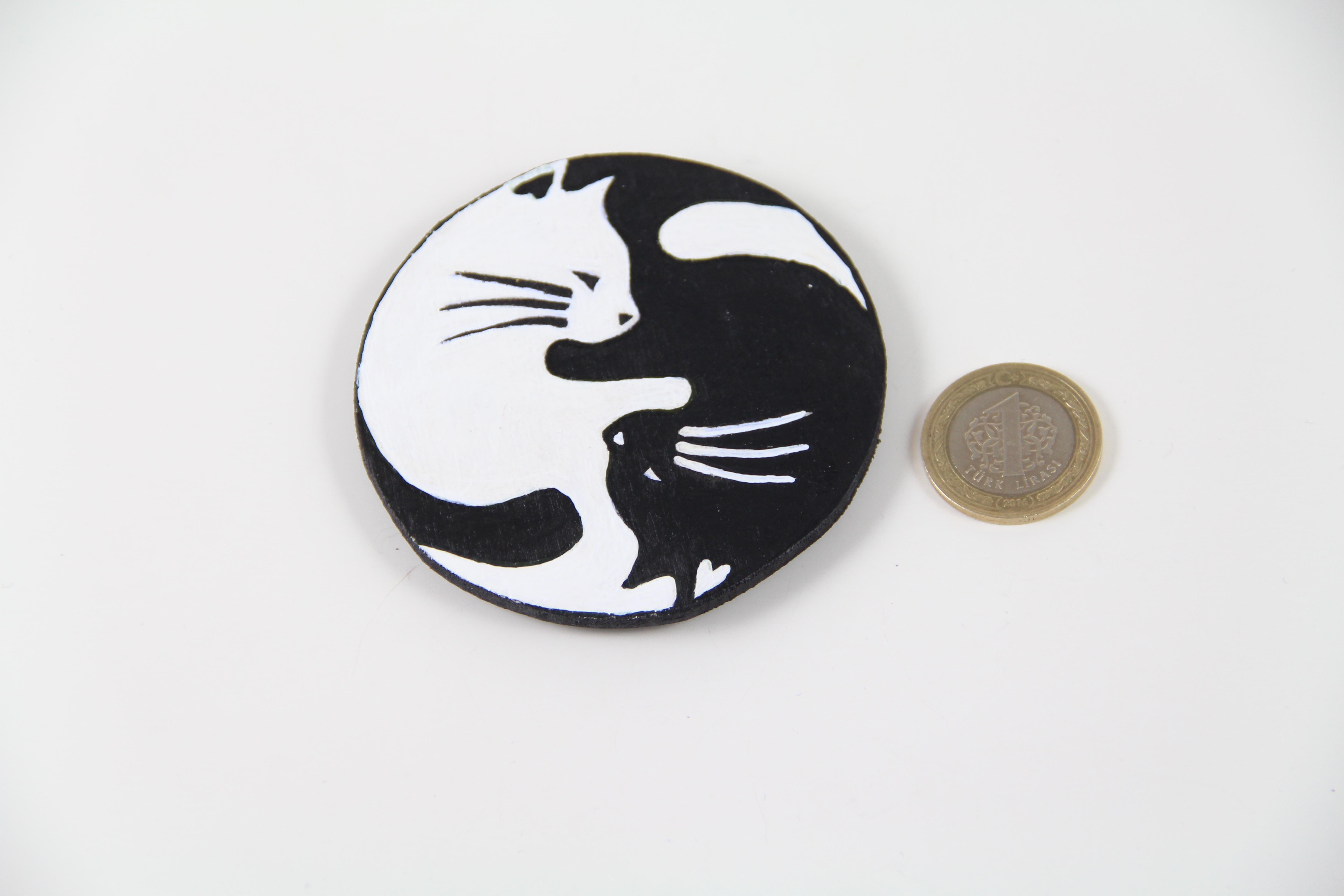 Yin Yang Kediler El Boyaması Ahşap Magnet